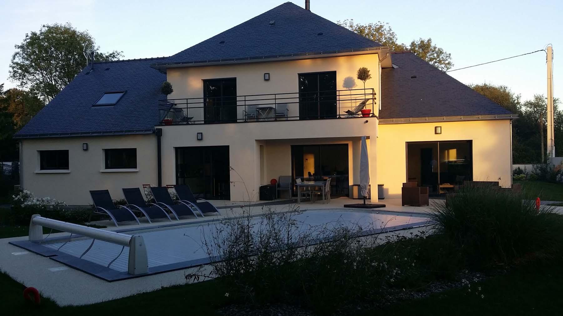 Construction de maison neuve avec piscine à Juigné sur Loire